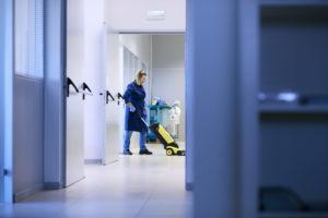 Vejen Rengøring tilbyder rengøring til kontorer, klinikker, produktioner.